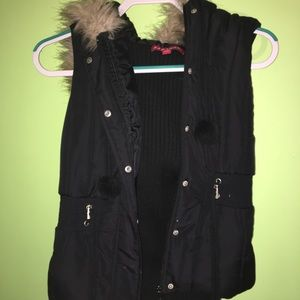 Jackets & Blazers - Black vest with fur hood